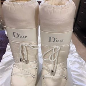 Dior moon boots size 8 - 10 ( 38 - 40)